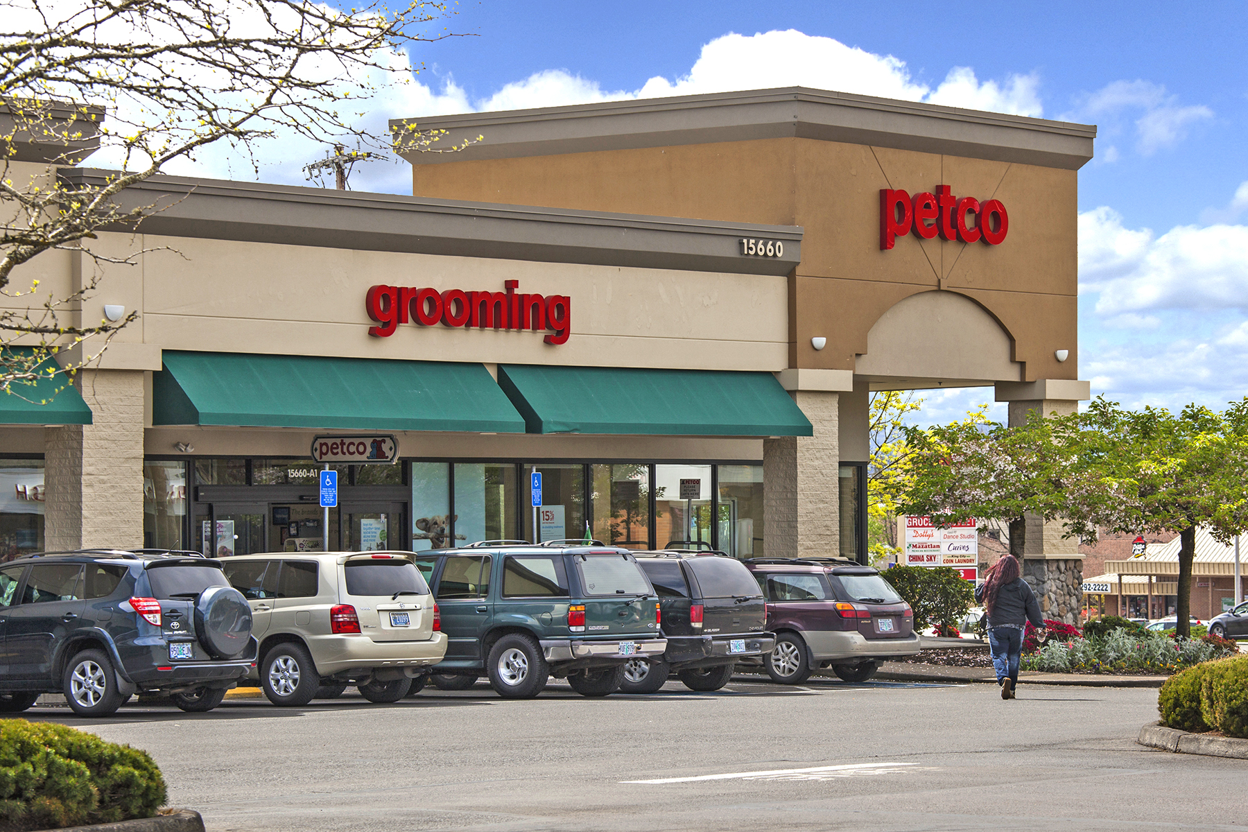 Find the best Shopping on Yelp: search reviews of Tigard businesses by price, type, or location.